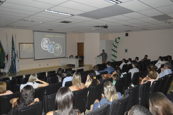 The audience at a presentation organized by the Department of Surgery at the University Federal of Uberlândia in Brazil
