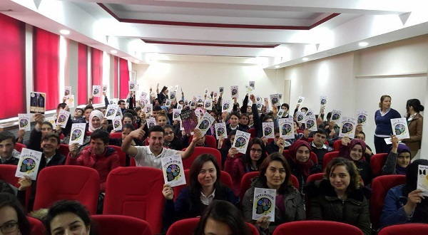 Seyitgazi Middle School students celebrate BAW, organized by Eskişehir Osmangazi University in Turkey