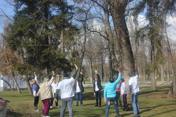 Exercise workshop hosted by the Estuar Foundation in Romania for Brain Awareness Week