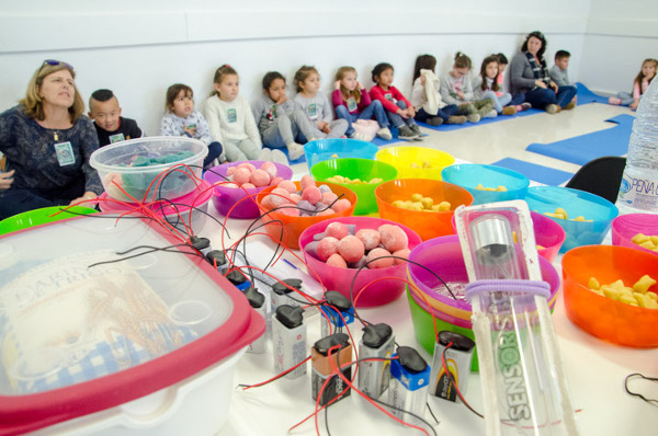 Children participate in a brain activity during an event organized by Instituto de Neurociencias, UMH-CSIC in Spain