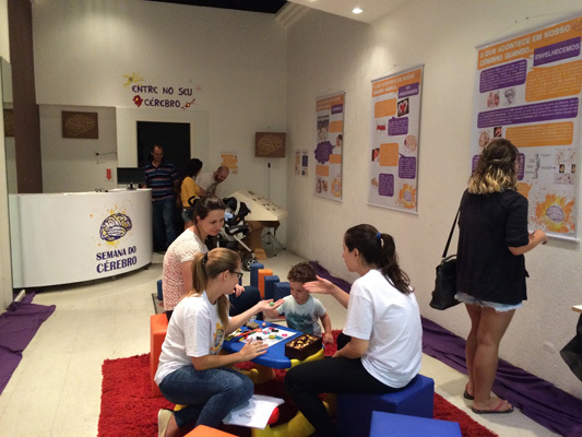Brain Awareness Week activities for kids hosted by Universidade Federal de Santa Catarina in Brazil